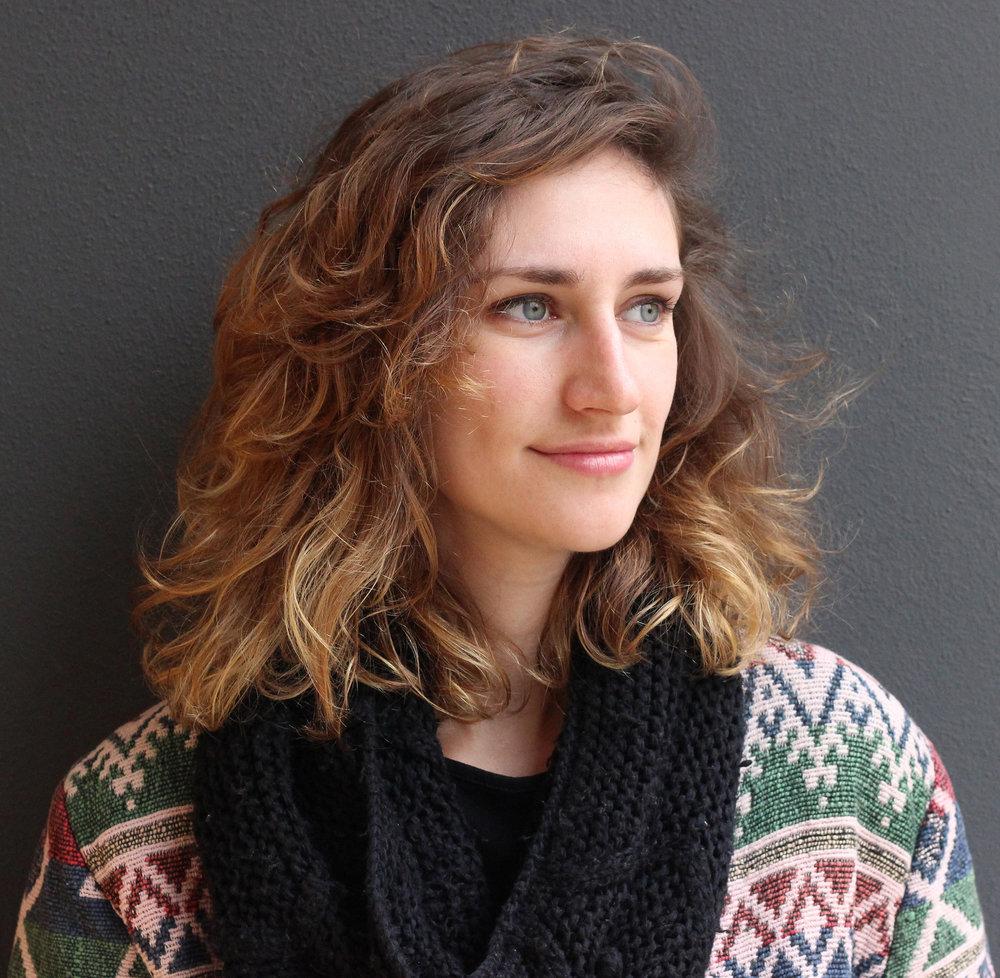 Mentora Diseño   Miriam Garcia Diseñadora gráfica y cofundadora del estudio de diseño La Jungla