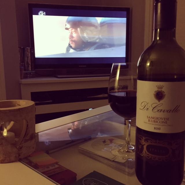vino-couch-remote