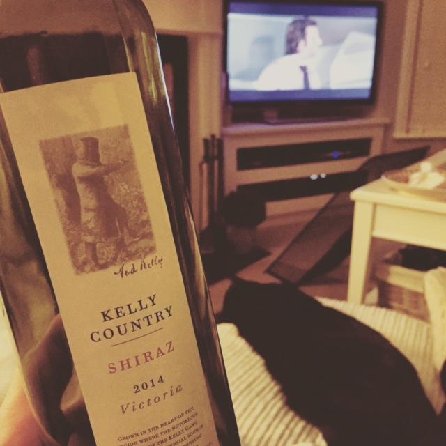 vino-couch-remote.JPG