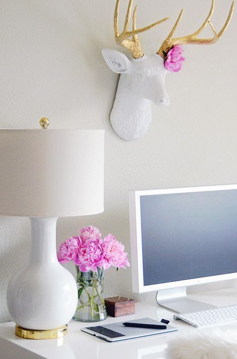 gold-white-pink-desk.jpg