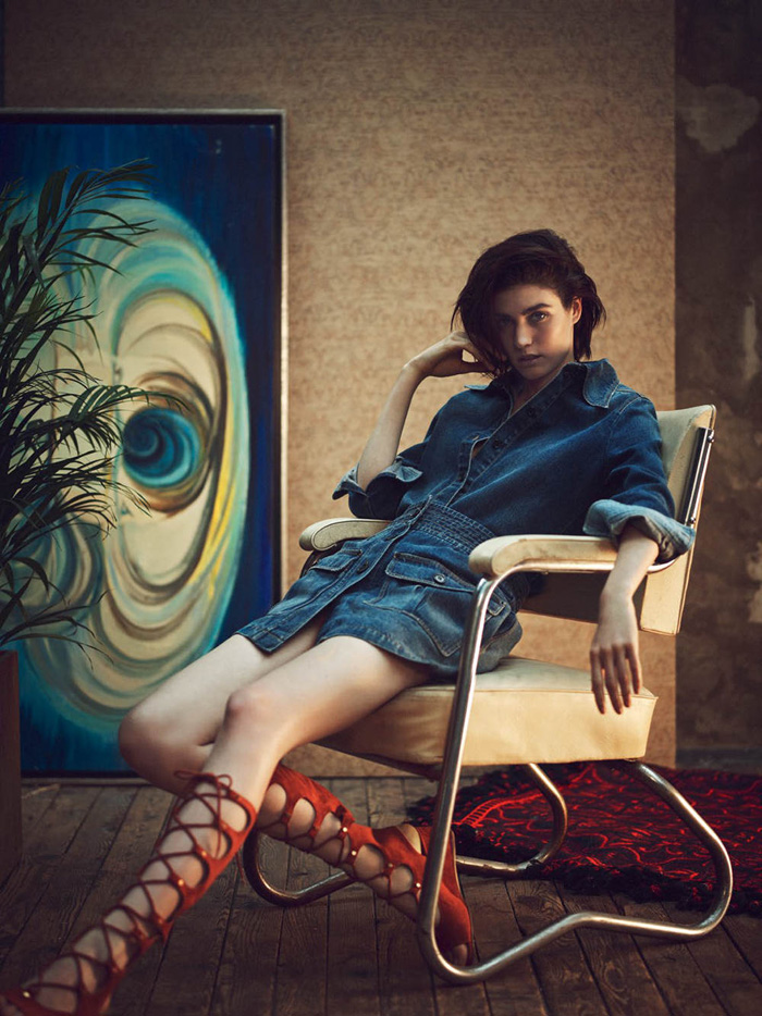 Manon Leloup In Mood Indigo By Serge Leblon For Vogue Turkey March