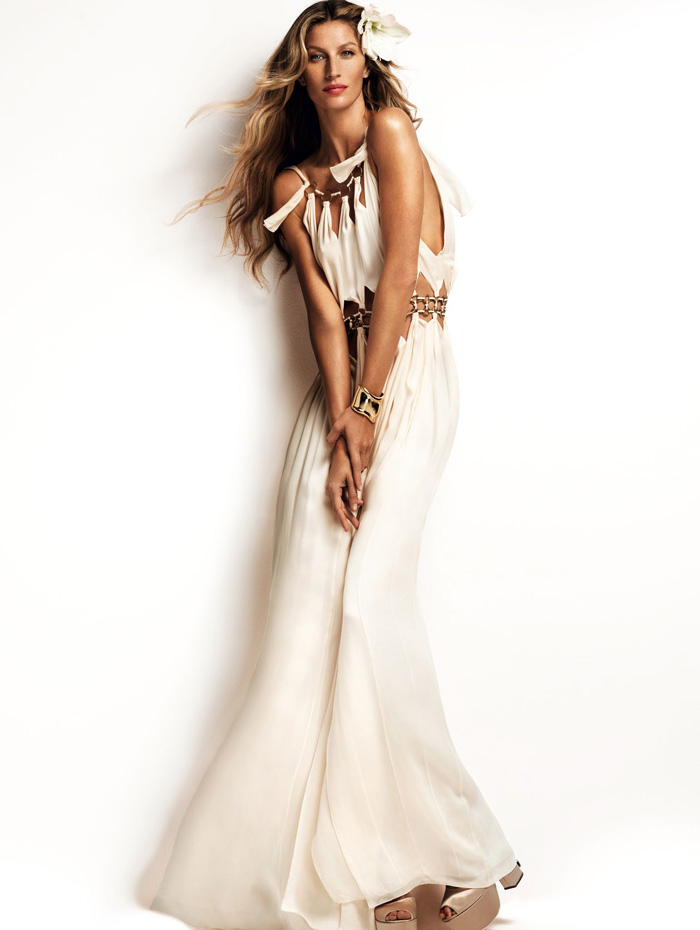 Gisele Bundchen Blooms Hot House Style For Vogue China ...