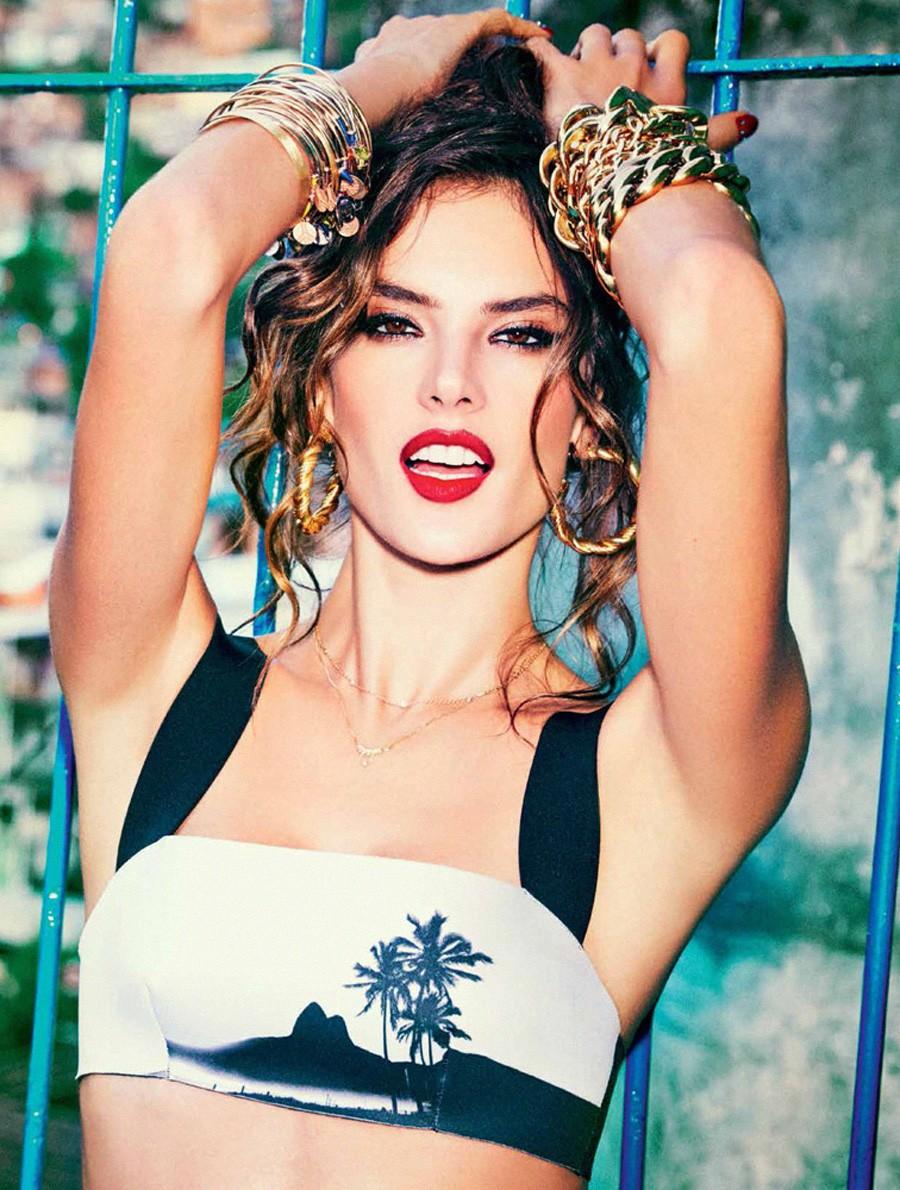 Alessandra Ambrosio Brazil naked (31 photo), Tits, Fappening, Selfie, underwear 2019