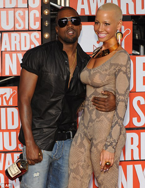 22710KanyeWest&Rosearticle-.jpg