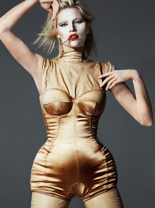 aline weber by txema yeste tush fall 2013008.jpg