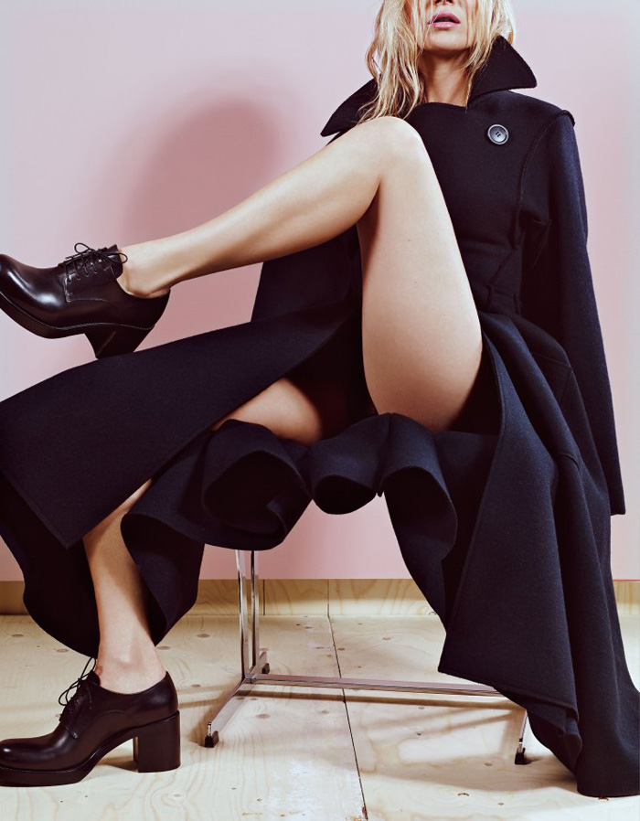 kate-kate-moss-by-craig-mcdean-for-w-magazine-may-2015-5.jpg