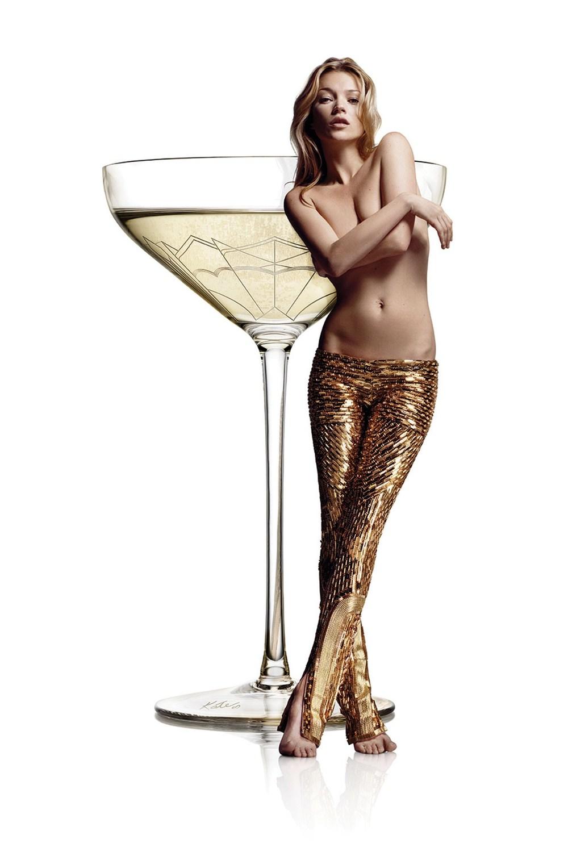 34-Kate-Moss-Coupe_v_21aug14_pr_b.jpg