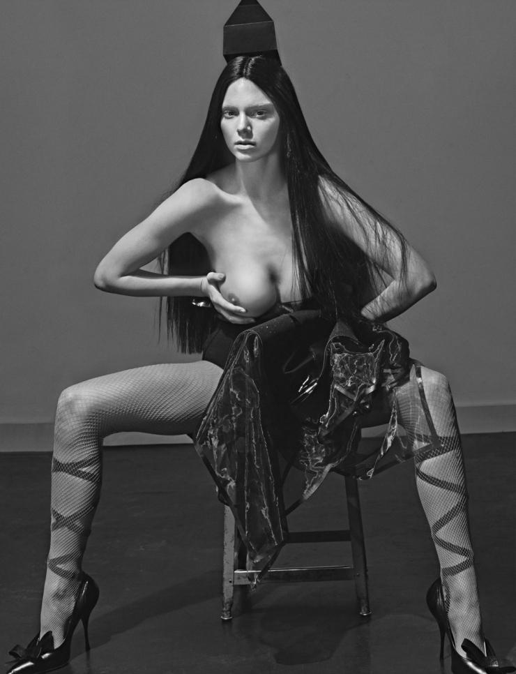Copy of kendall-jenner-malgosia-bela-caroline-trentini-lexi-boling-trevor-van-uden-by-steven-klein-for-love-magazine-12-spring-summer-2015-22.jpg