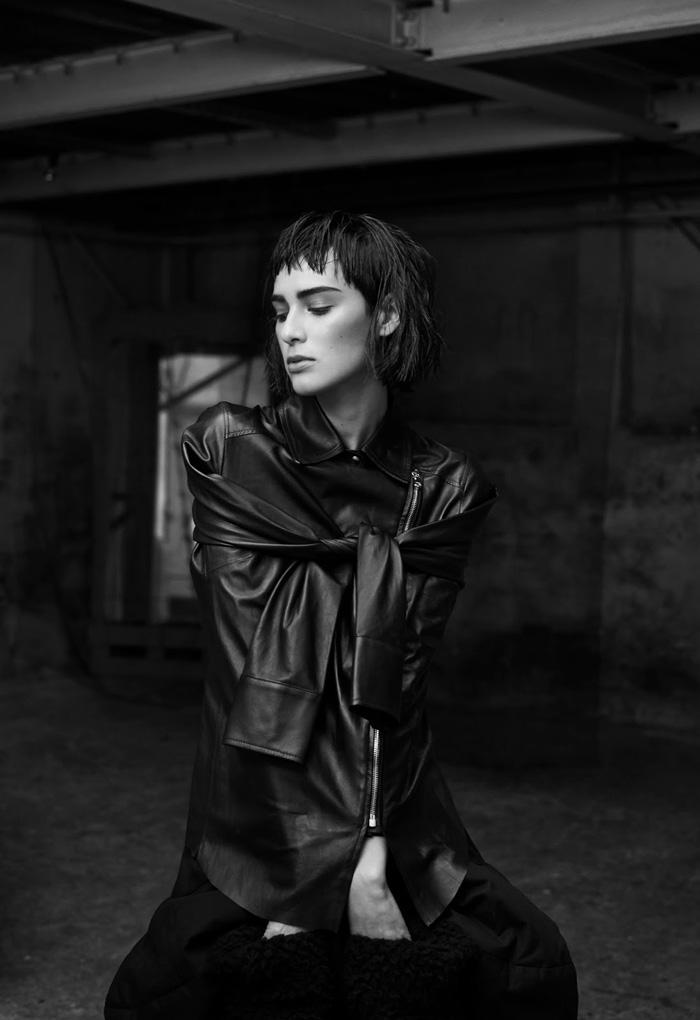 REVS Digital #7 Margaux Brooke by Nicolas Guerin - Fashion