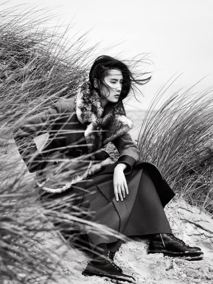 dylan-xue-by-nathaniel-goldberg-for-vogue-china-october-2015-+1.jpg