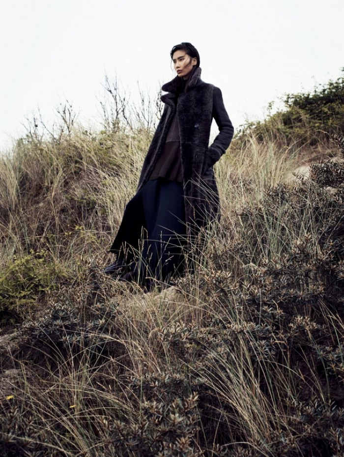 dylan-xue-by-nathaniel-goldberg-for-vogue-china-october-2015-+3.jpg