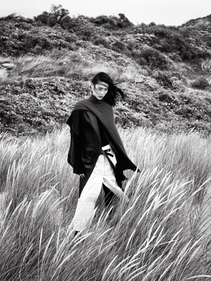 dylan-xue-by-nathaniel-goldberg-for-vogue-china-october-2015-+2.jpg