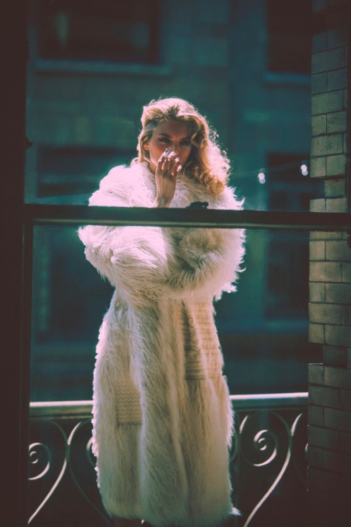 martha-hunt-by-guy-aroch-for-so-it-goes-magazine-fall-winter-2015-11.jpg