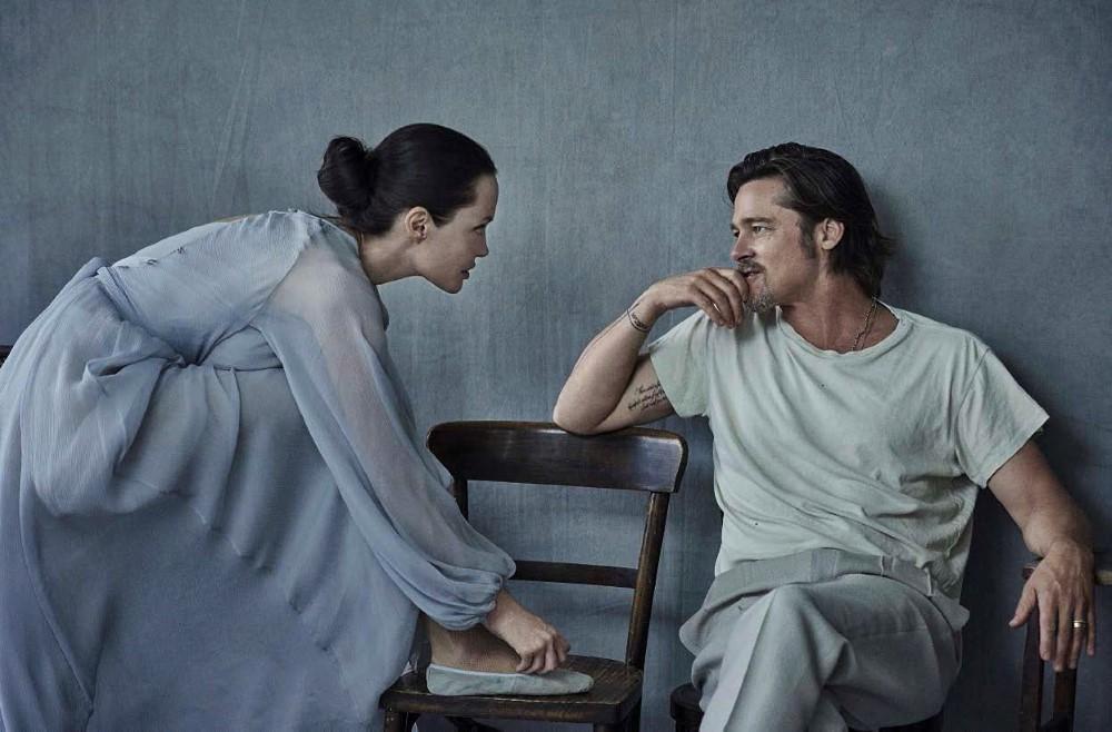Vanity-Fair-Italia-November-2015-Angelina-Jolie-and-Brad-Pitt-by-Peter-Lindbergh-03.jpg