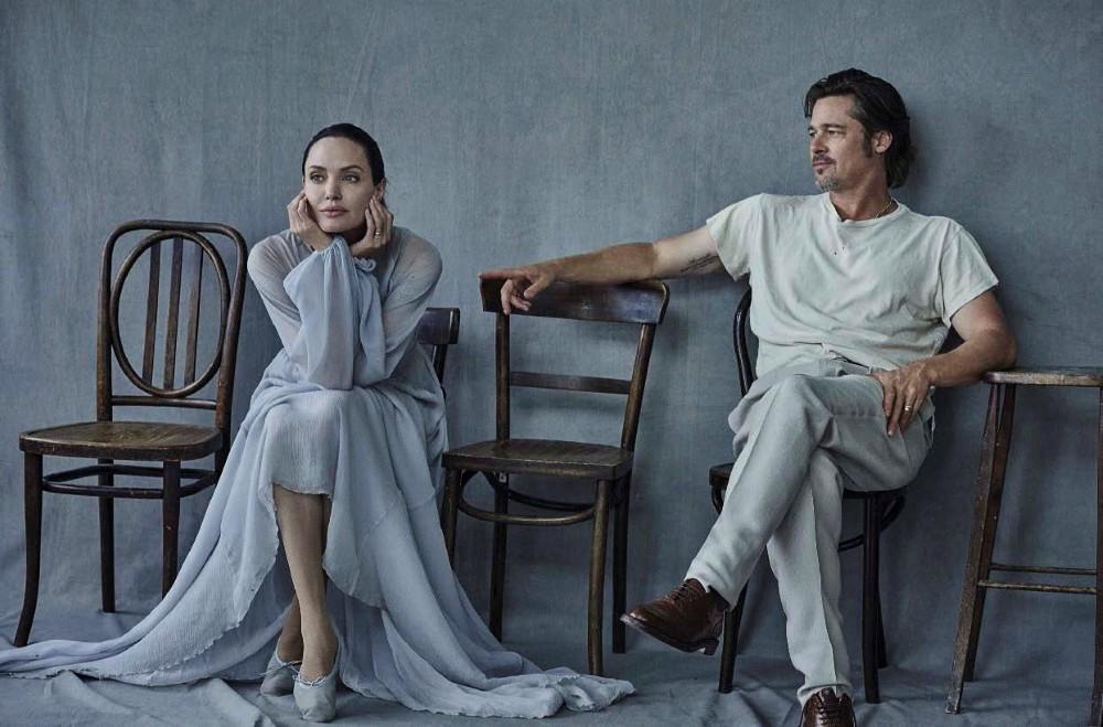 Vanity-Fair-Italia-November-2015-Angelina-Jolie-and-Brad-Pitt-by-Peter-Lindbergh-04.jpg