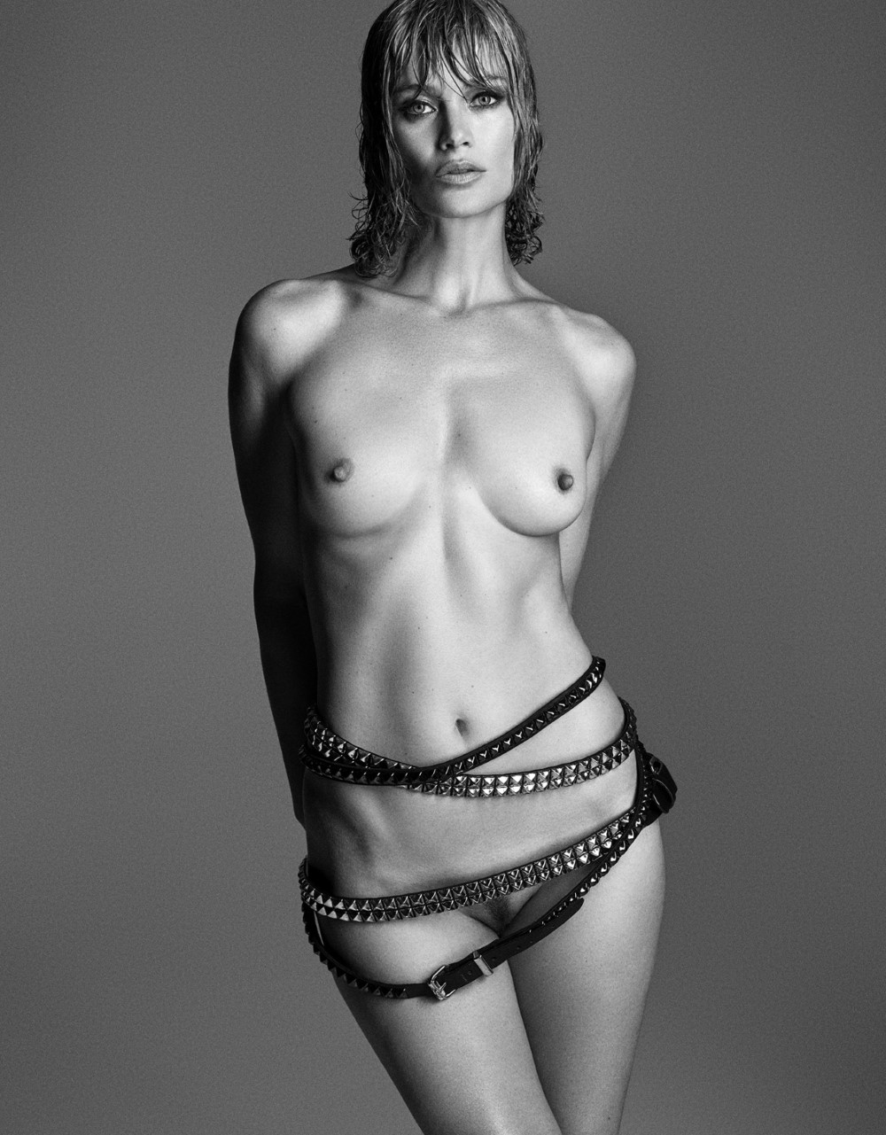LUI-December_2015-January_2016-15-Carolyn_Murphy-by-Luigi_and_Iango.jpg