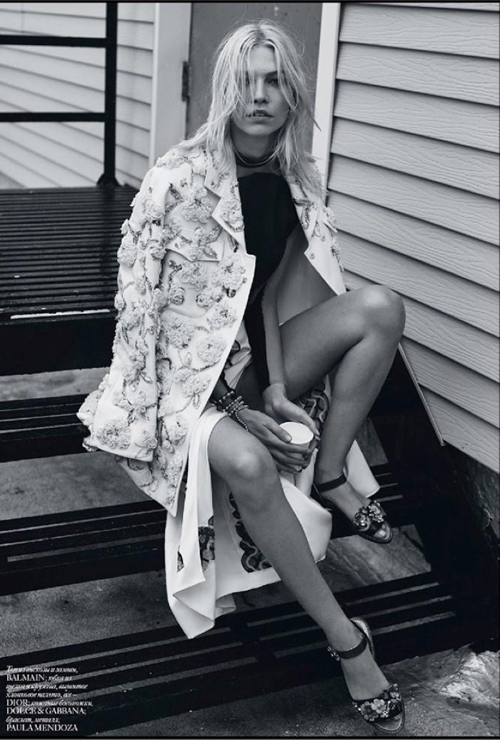 Aline-Weber-Vogue-Ukraine-May-2016-Editorial02.jpg