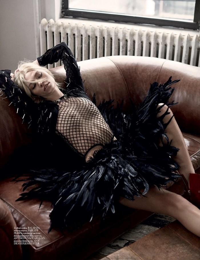 Aline-Weber-Vogue-Ukraine-May-2016-Editorial04.jpg