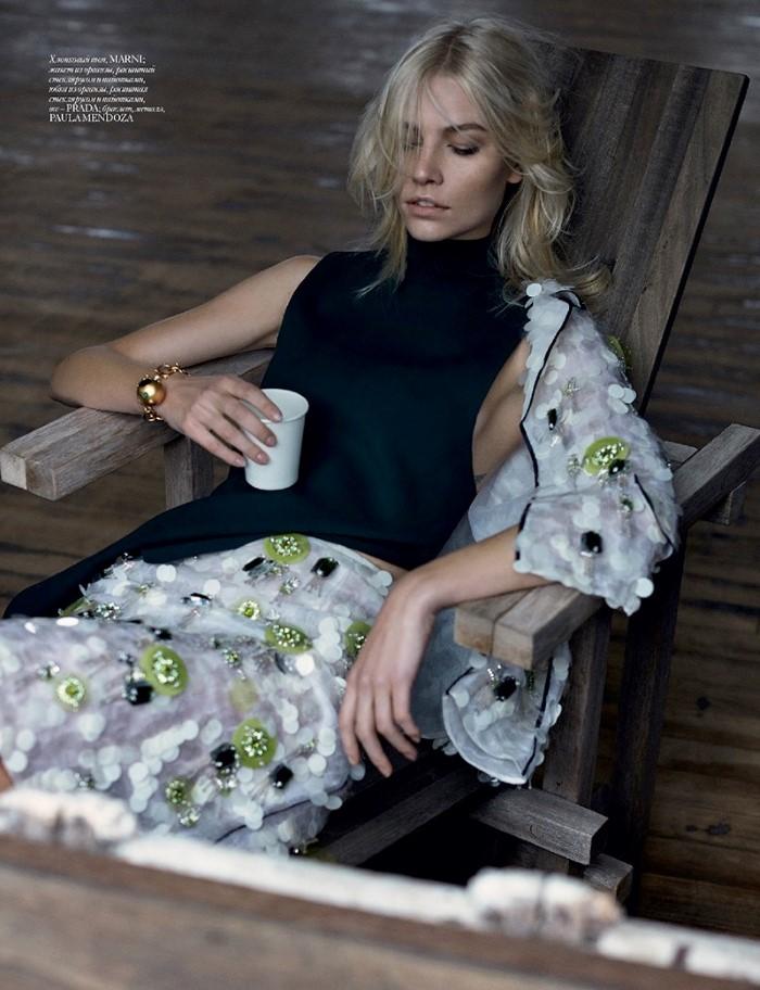 Aline-Weber-Vogue-Ukraine-May-2016-Editorial07.jpg