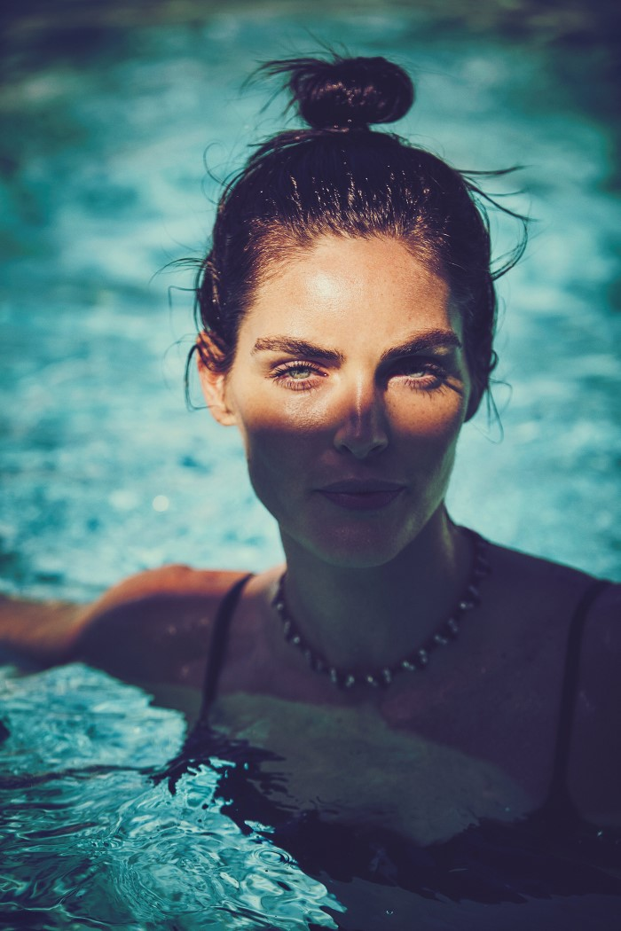 Madame_Figaro-April_2016-Hilary_Rhoda-by-Guy-Aroch-01.jpg