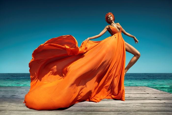 Vogue_India-March_2016-Raica_Oliveira-by-Luis_Monteiro-01.jpg