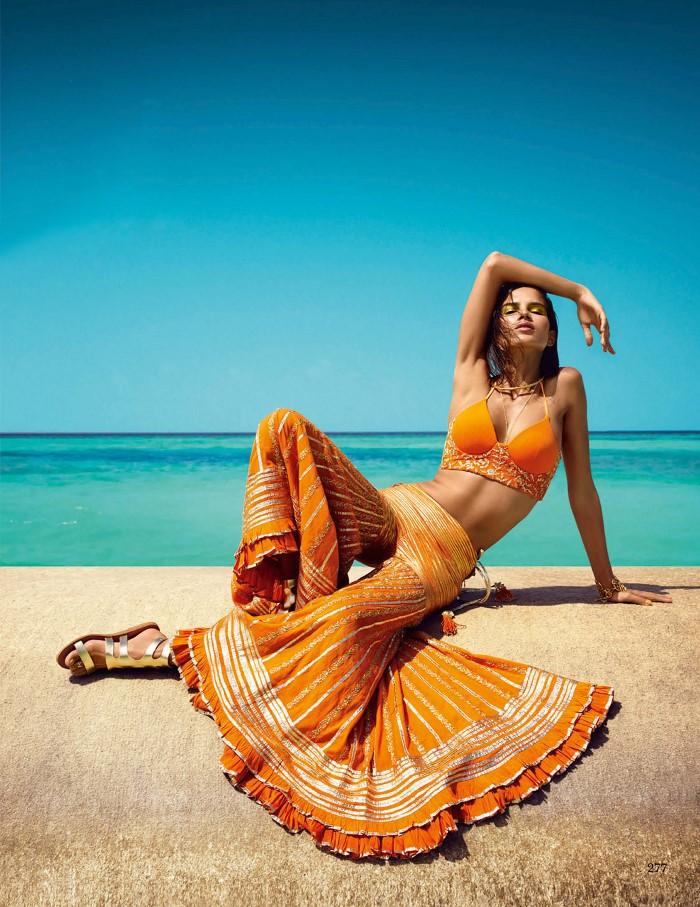 Vogue_India-March_2016-Raica_Oliveira-by-Luis_Monteiro-14.jpg