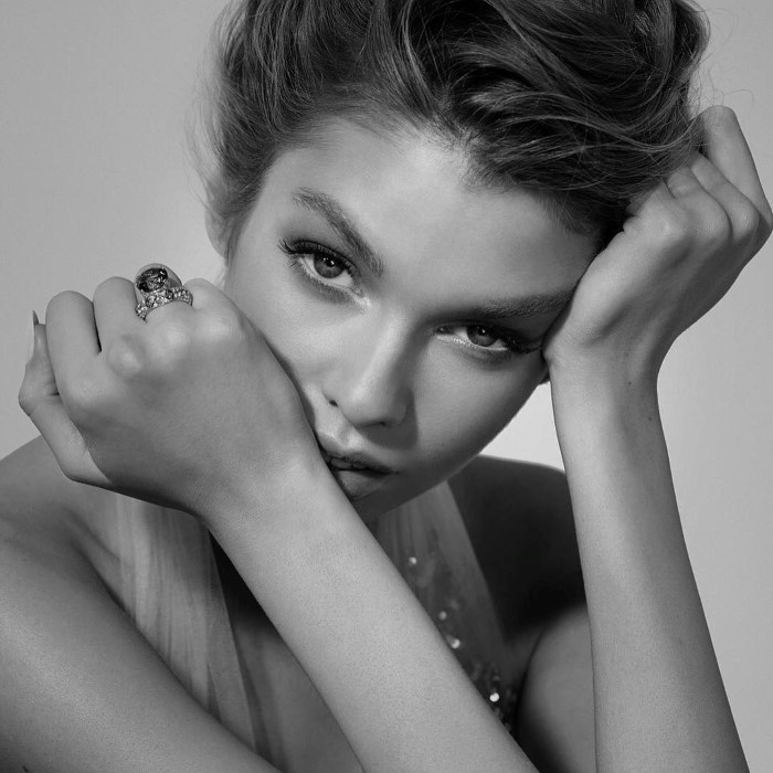 Vogue_Japan-July_2016-Tiffany_Promo-Stella_Maxwell-by-Eric_Guillemain-02b.jpg
