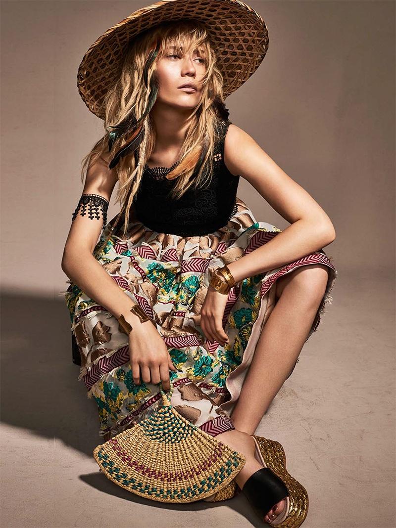Josefin-Bresan-Glamour-Italy-July-2016-Editorial04.jpg