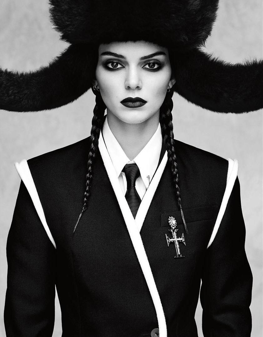 Vogue_Japan-October_2016-Kendall_Jenner-by-Luigi_and_Iango-p04.jpg