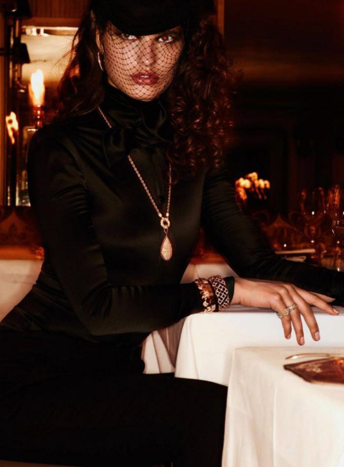 Julia-Van-Os-by-Ben-Hassett-for-Vogue-Paris-September-2016- (2).jpg