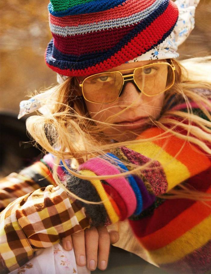 Vogue-UK-January-2017-Lexi-Boling-by-Mario-Testino- (2).jpg