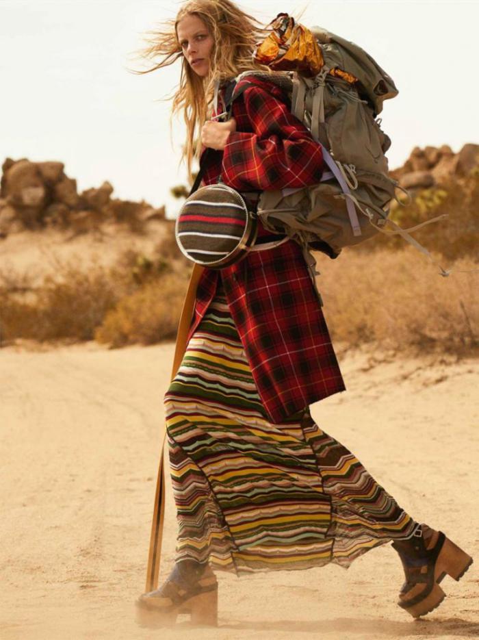 Vogue-UK-January-2017-Lexi-Boling-by-Mario-Testino- (11).jpg