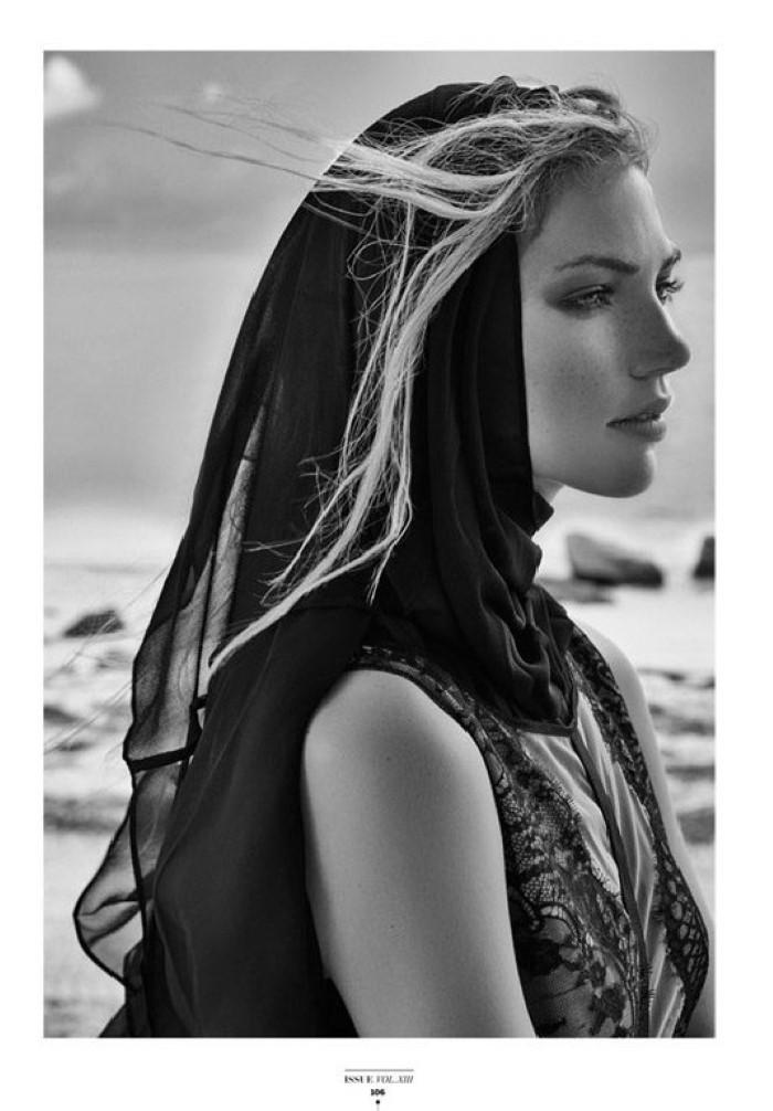 Kalli-Dangerfield-Two-Sided-Magazine-Eduardo-Rezende-03-620x823.jpg