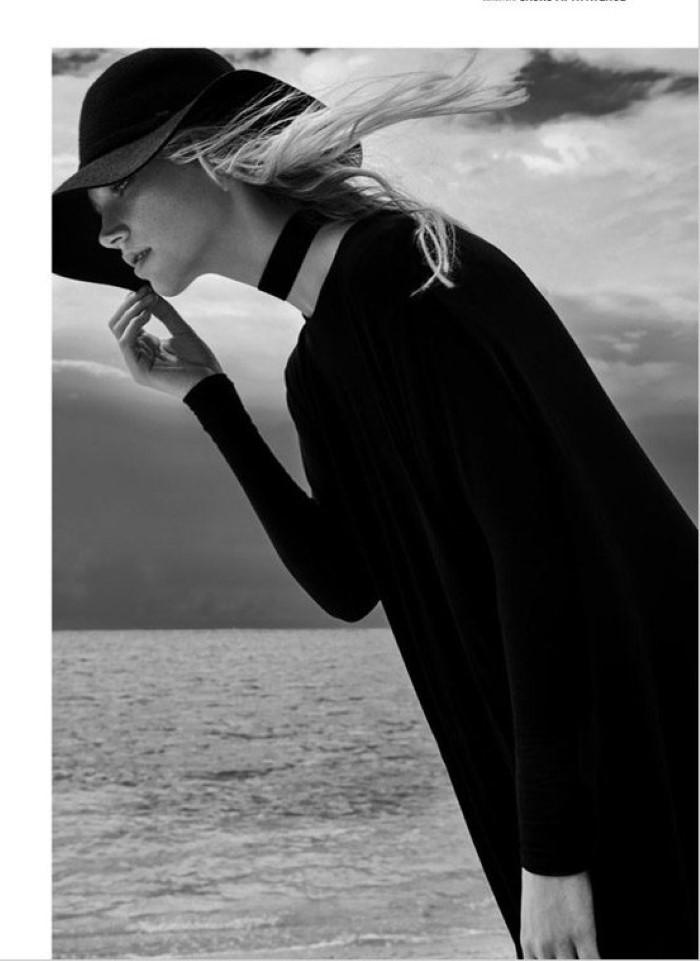Kalli-Dangerfield-Two-Sided-Magazine-Eduardo-Rezende-10-620x856.jpg