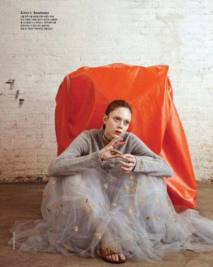 Natalie-Westling-Vogue-Korea-Hyea-W-Kang- (1).jpg