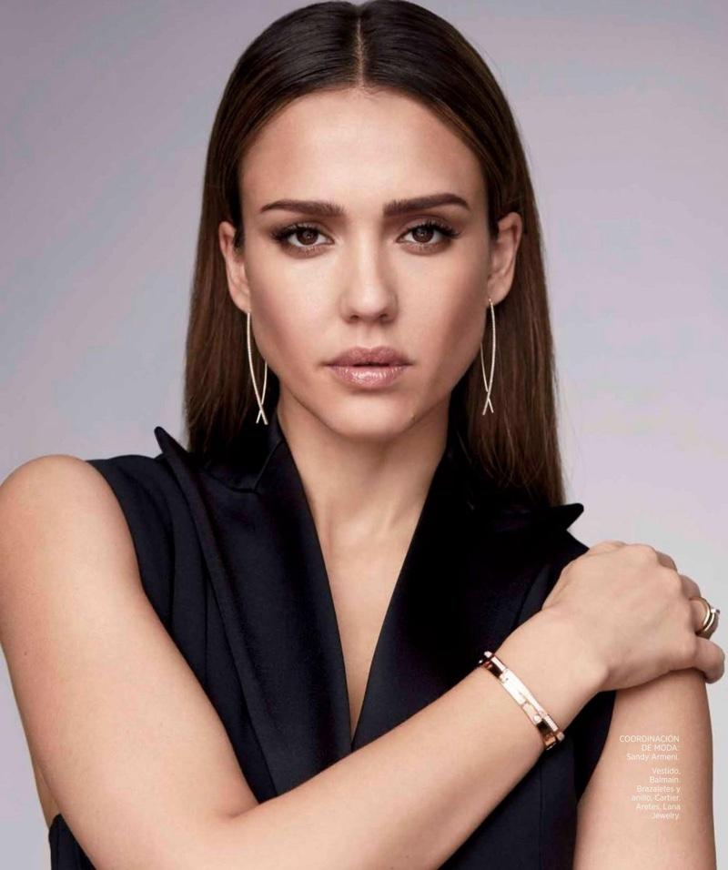Jessica-Alba-Harpers-Bazaar-Mexico-March-2017-Cover-Photoshoot02.jpg