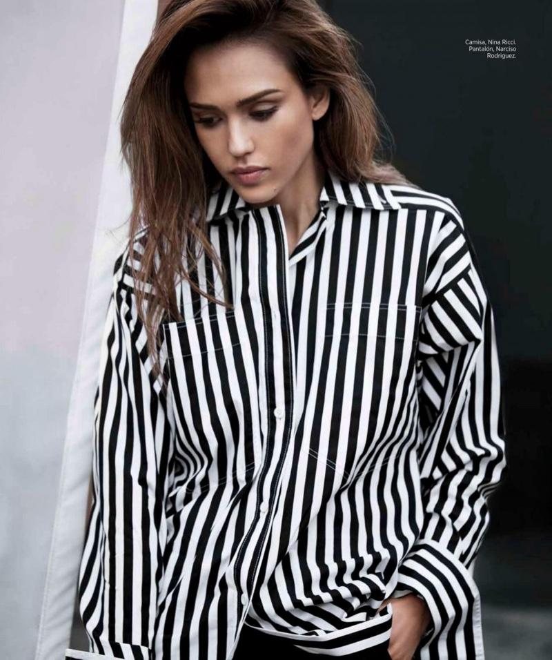 Jessica-Alba-Harpers-Bazaar-Mexico-March-2017-Cover-Photoshoot03.jpg