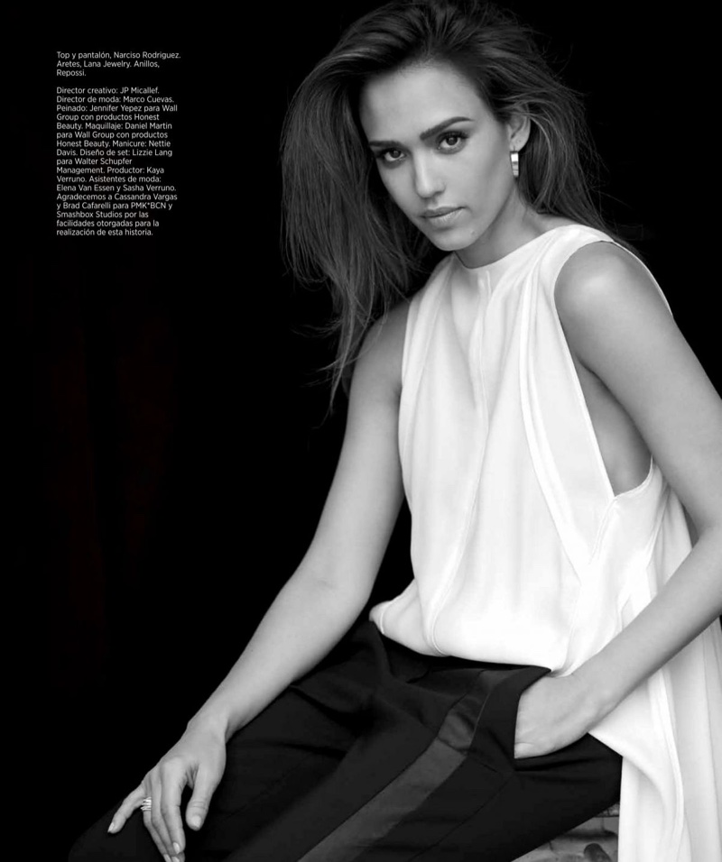 Jessica-Alba-Harpers-Bazaar-Mexico-March-2017-Cover-Photoshoot08.jpg