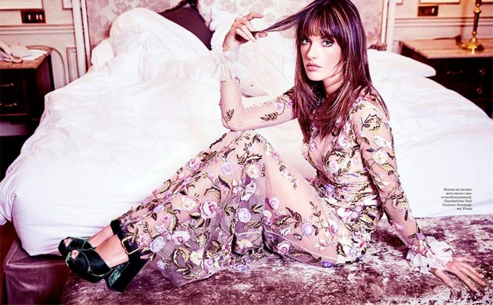 Alessandra-Ambrosio-ELLE-Russia-April-2017-Cover-Photoshoot07.jpg