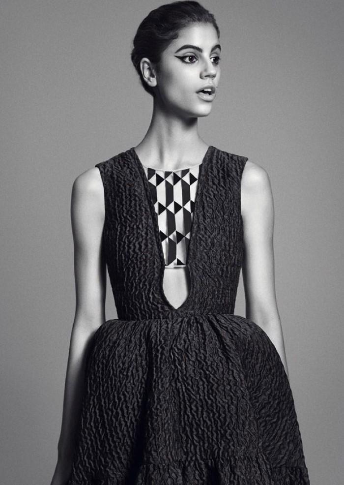 Antonina-Petkovic-Vogue-Arabia-Nicolas-Moore- (2).jpg
