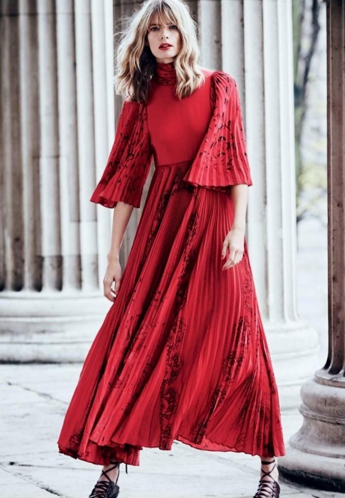 Julia-Stegner-Harpers-Bazaar-UK-April-2017-Editorial10.jpg