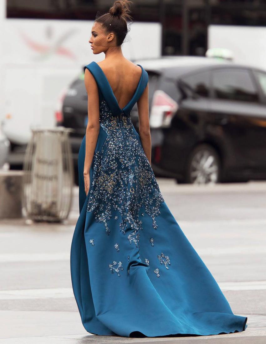 Vogue-Arabia-March-2017-Cindy-Bruna-Samile-Bermannelli-by-Hans-Feurer-7.jpg