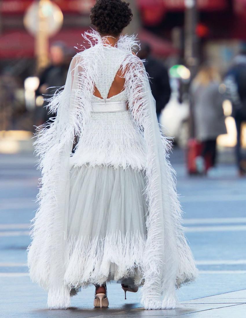 Vogue-Arabia-March-2017-Cindy-Bruna-Samile-Bermannelli-by-Hans-Feurer-8.jpg