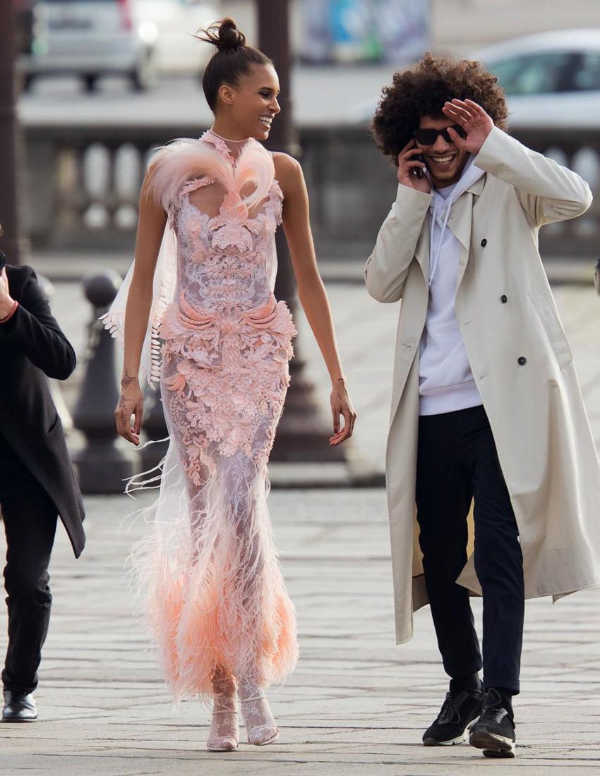 Vogue-Arabia-March-2017-Cindy-Bruna-Samile-Bermannelli-by-Hans-Feurer-11.jpg
