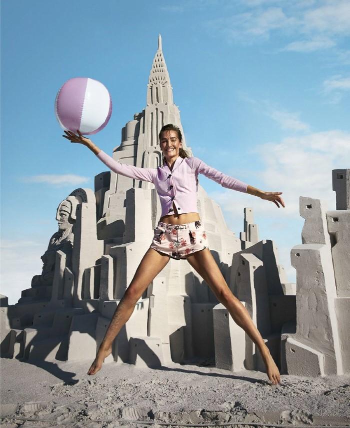 Harpers-Bazaar-April-2017-Josephine-Le-Tutour-by-Kristian-Schuller-7.jpg