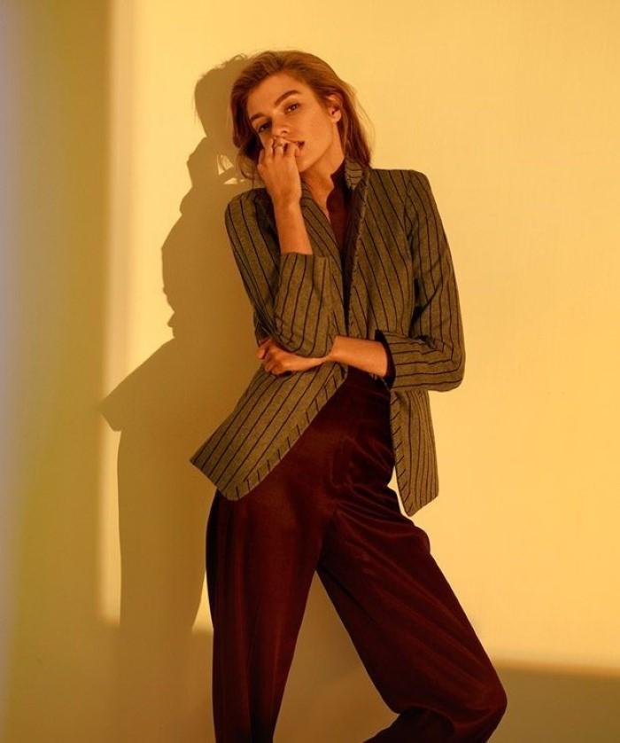 Stella-Maxwell-Bazaar-Spain-Thomas-Whiteside- (1).jpg