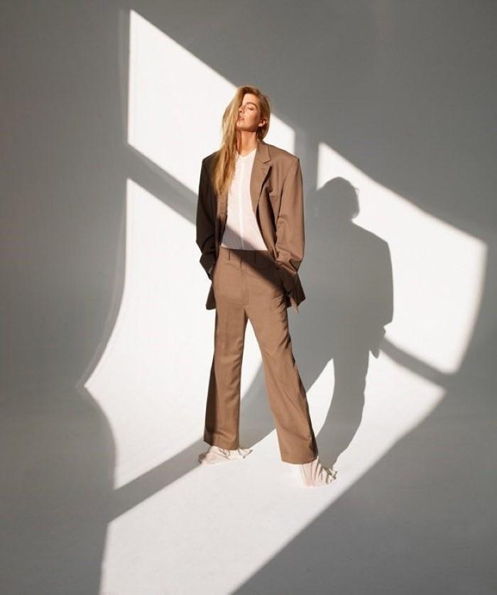 Stella-Maxwell-Bazaar-Spain-Thomas-Whiteside- (6).jpg