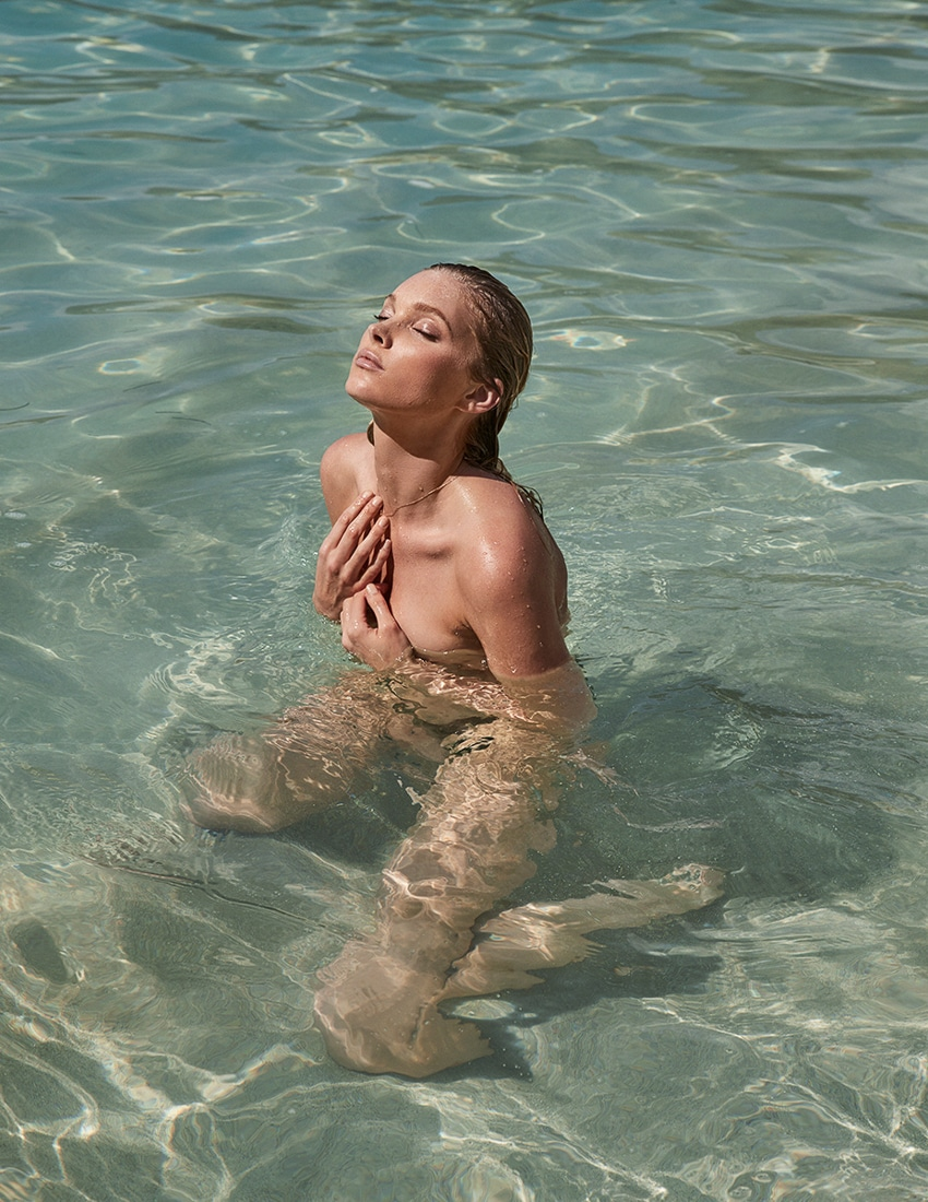 Madame-Figaro-April-2017-Elsa-Hosk-by-David-Roemer-5.jpg