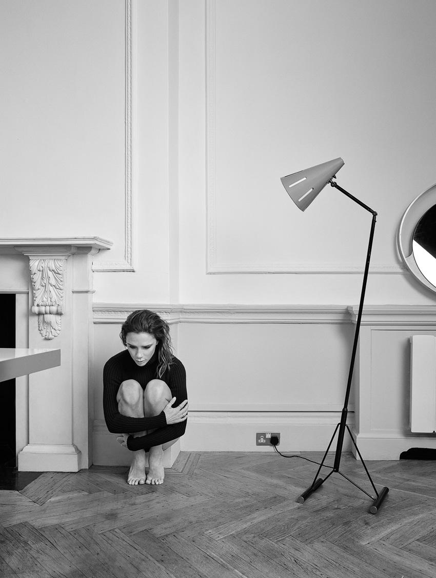 ELLE-UK-May-2017-Victoria-Beckham-by-Kerry-Hallihan-1-2.jpg
