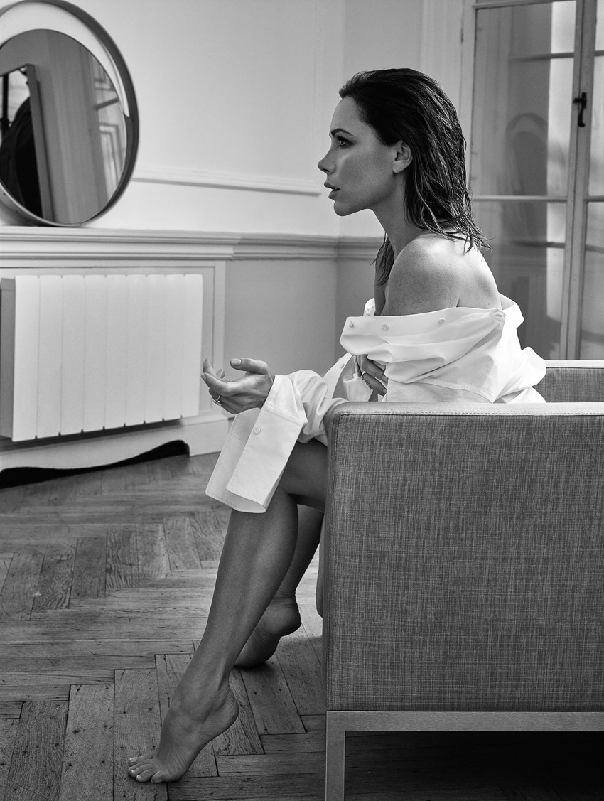ELLE-UK-May-2017-Victoria-Beckham-by-Kerry-Hallihan-3.jpg